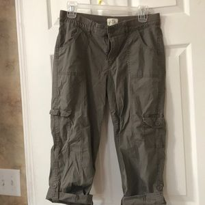 St. Johns Bay Capris size 6